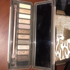 Urban Decay Makeup - URBAN DECAY NAKED2 PALETTE